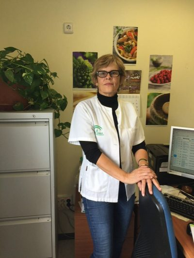 Gloria Peláez Diaz, médica adjunta de aparato digestivo nos habla de los beneficios de la fruta en nuestra alimentación